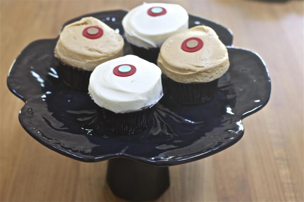 Black Cake Stand / Cupcake Pedestal / Multipurpose Serving Stand